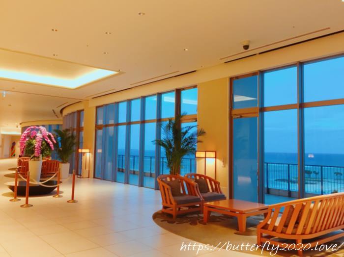 沖縄中部の天然温泉「ジュラ紀温泉 美ら海の湯」温泉は海が見えるオーシャンビュー